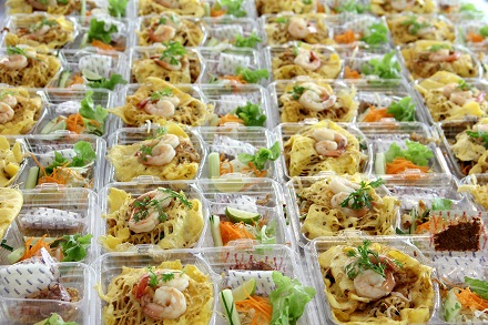 Prepare food  in plastic box
