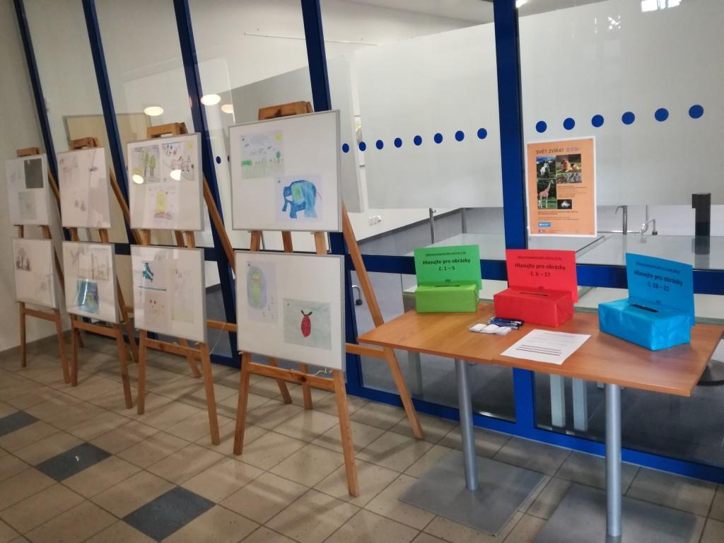 Státní veterinární správa v Karlových Varech slaví 50 let. Oslavy doplní výstava obrazů dětí z SOS dětských vesniček