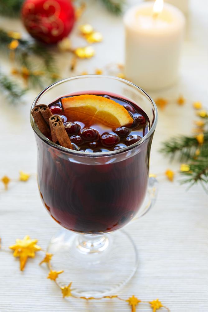 Prožití spokojených svátků i během menopauzy: Cukroví si dopřejte dopoledne, alkoholu se vyhněte