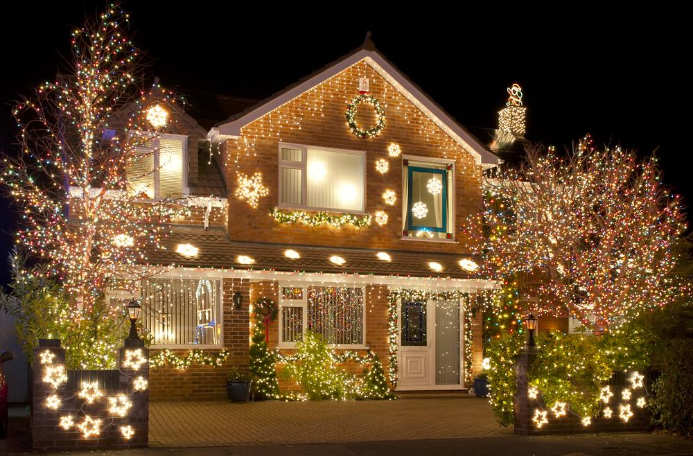 Kolik elektřiny prosvítíte během adventu?