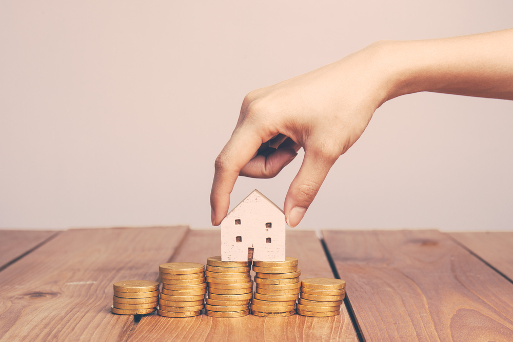 Vyplatí se ještě koupě bytu jako investice? Ano, pokud máte volné finance nebo výnos pokryje splátky, tvrdí odborníci
