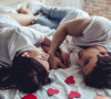 Milleniálové mají Valentýna rádi. Dárky neočekávají, zato sex ano