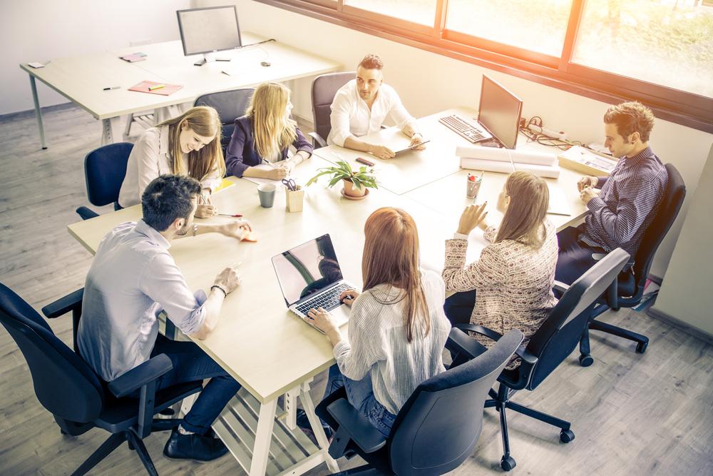 Zajistěte, aby zaměstnanci znali firemní hodnoty i vizi. Budou v práci spokojenější a firma úspěšnější