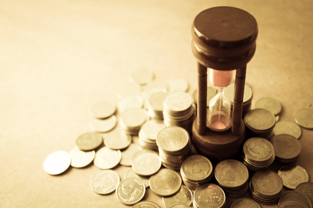 Díky termínovaným vkladům a stavebním spořením lze bez rizika úročit peníze