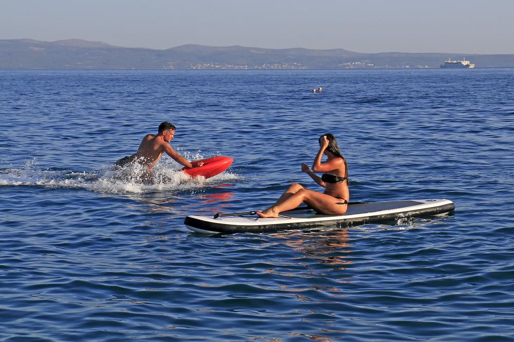 Elektrosurf, závod v motosurfingu