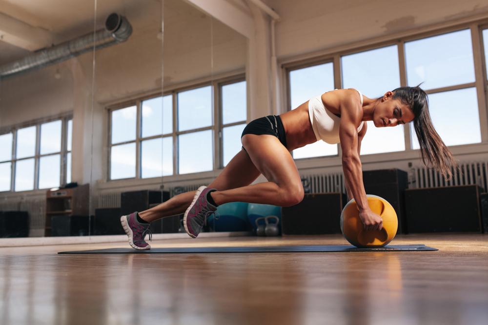 Vědci varují: Intenzivní cvičení ubíjí sexuální touhu a přináší problémy s početím