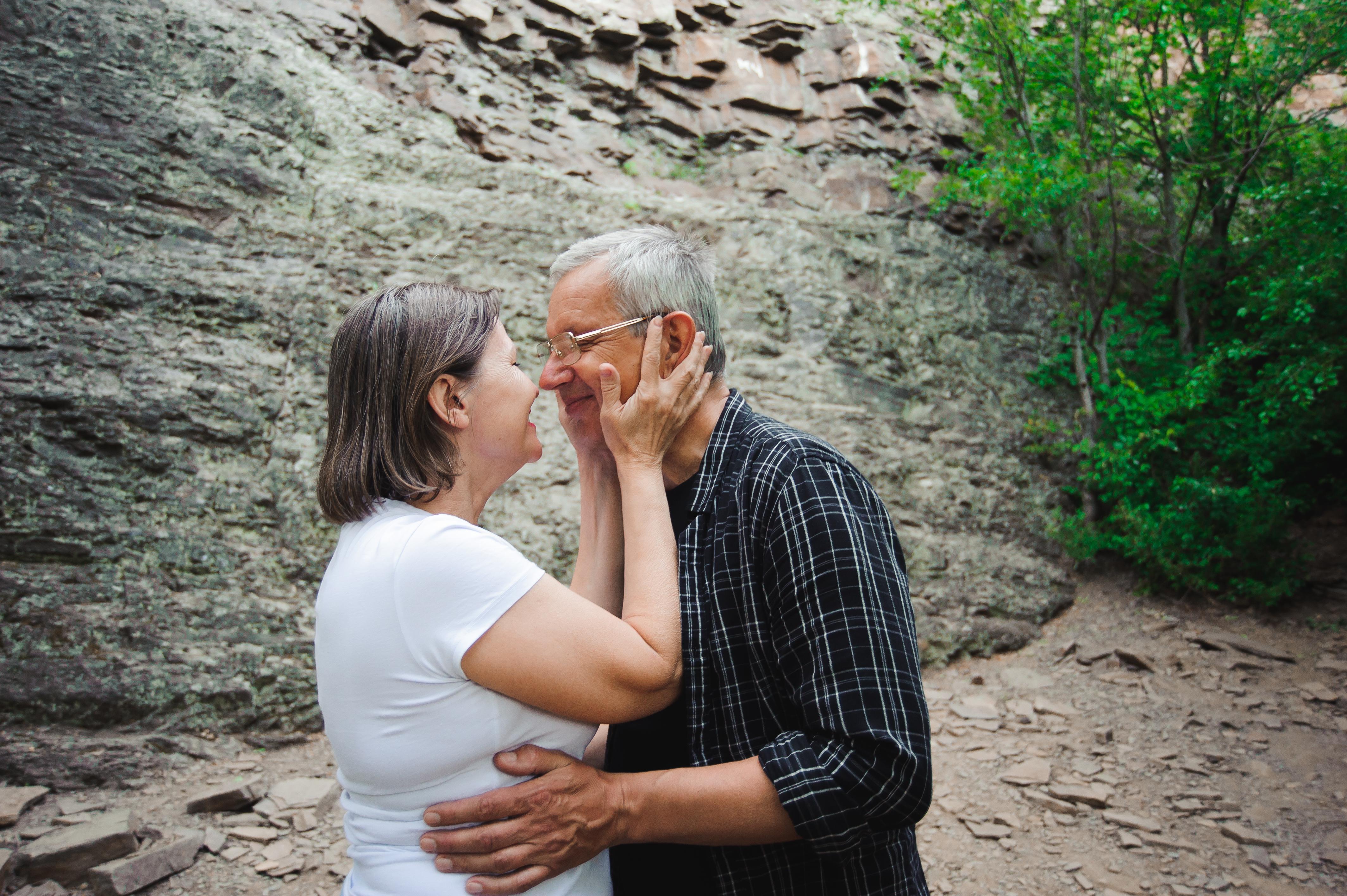 Sexuolog: Sex v období menopauzy si mnoho žen užije více než kdy dříve, ženy, které na sex rezignují, bývají nespokojené