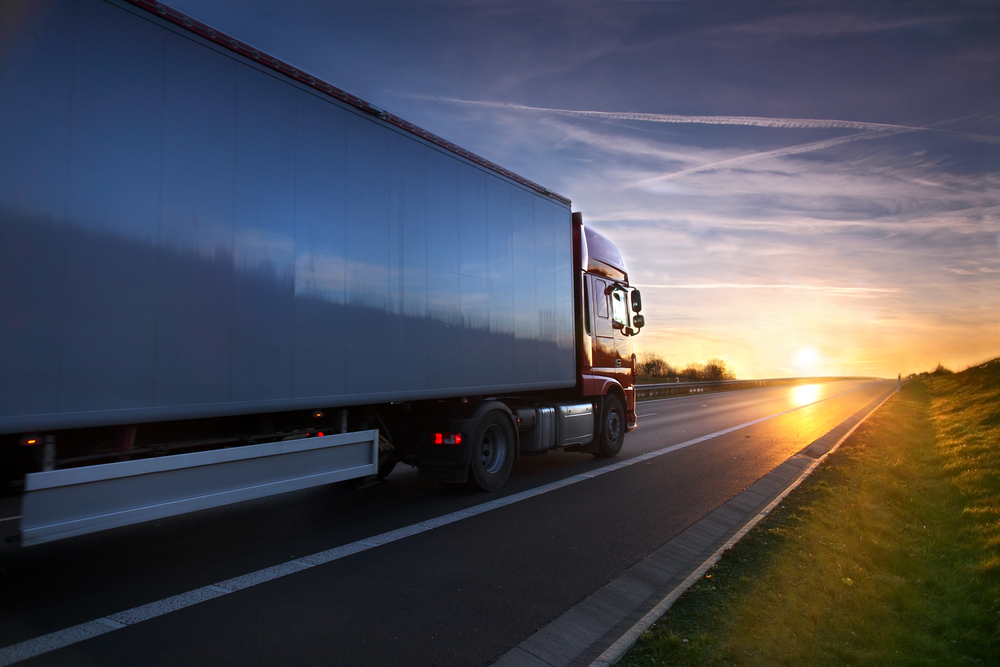 RHK Brno doporučuje pokutovat bezohledné řidiče kamionů na českých dálnicích