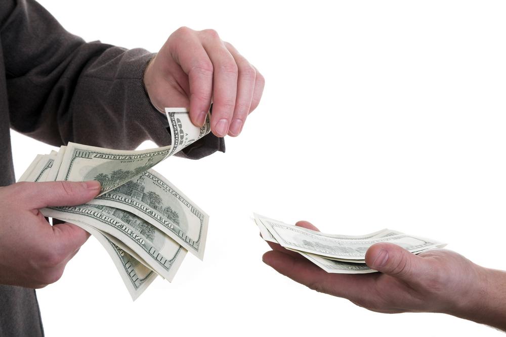 Podnikatelé a firmy se potýkají s absurdními poplatky