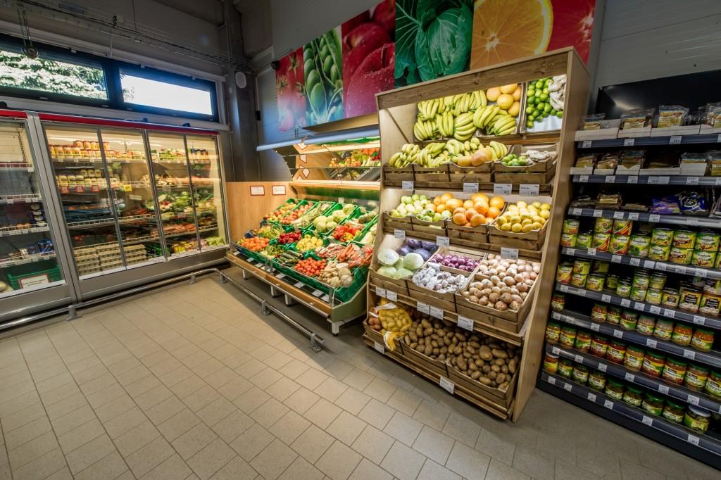 Spotřebitelé na tradičním trhu nakupují rychle a řídí se zvykem